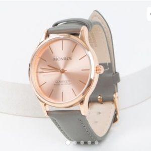 Monroé Classique Watch, NWT!